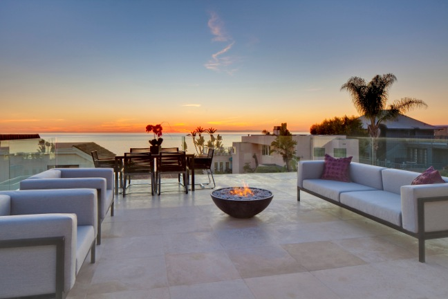 31696 seacliff dr laguna beach ca gorgeous contemporary for Luxury beach homes for sale in california