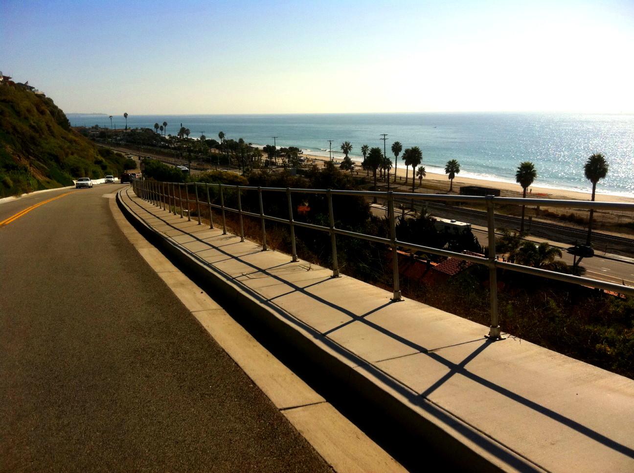capistrano_beach_palisades_area_road