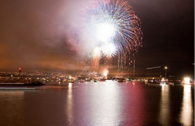 dana_point_fireworks_at_the_harbor