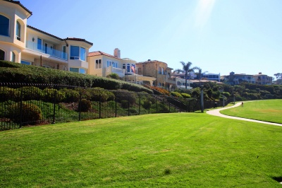 ritz_cove_homes_overlooking_salt_creek_beach_park
