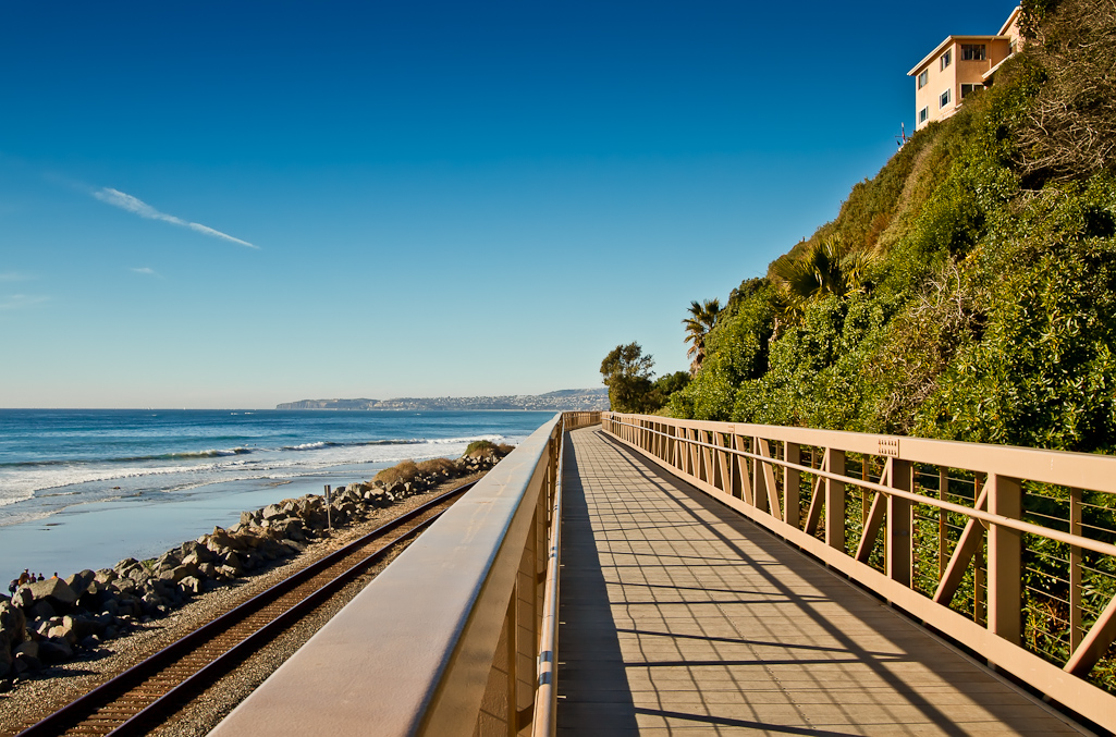 san_clemente_pier_bowl_area_homes